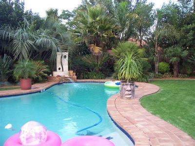 Property For Sale in Farrarmere, Benoni